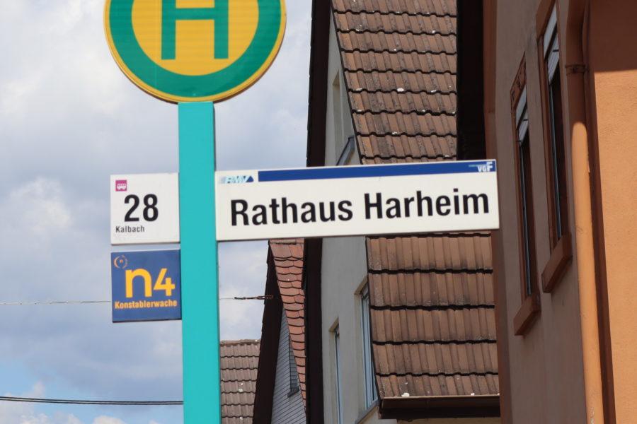Schild Rathaus Harheim